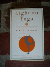 resources-books-light-on-yoga