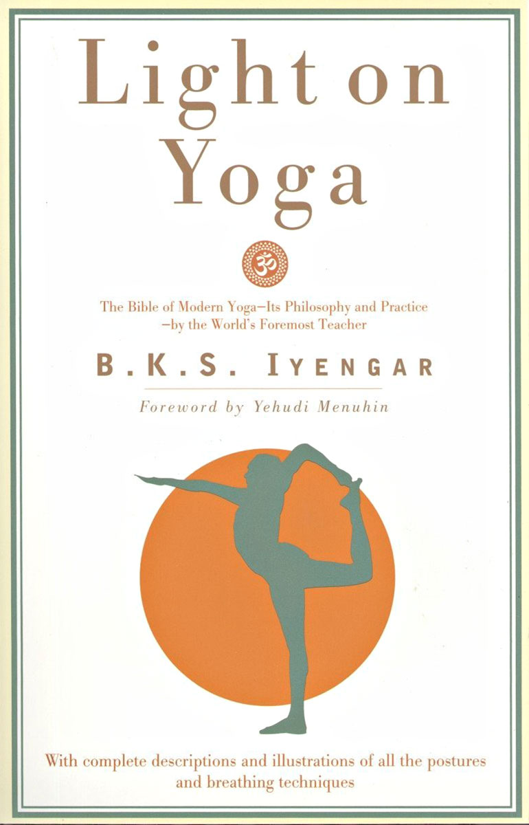 Light On Yoga BKS Iyengar
